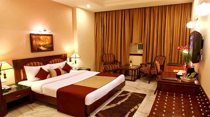 hotels in kolhapur
