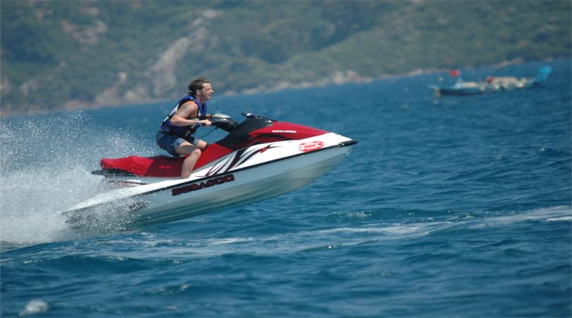 jet ski water sports