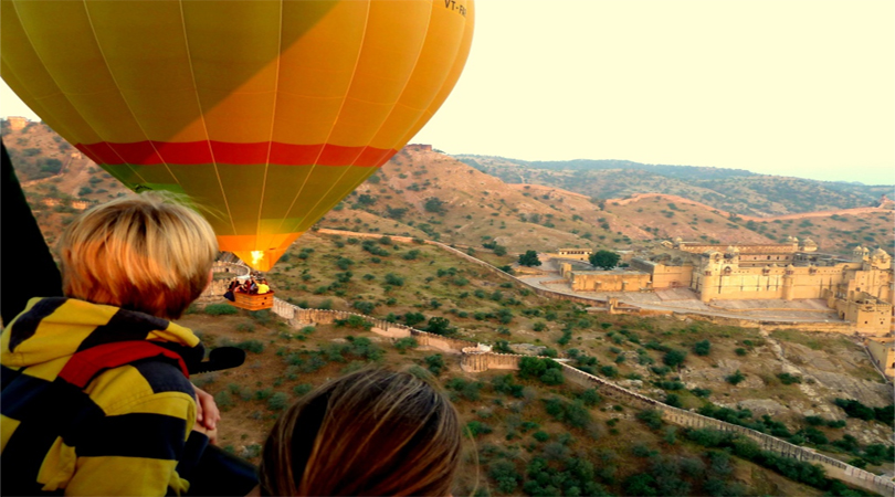 hot air baloon in jaipur