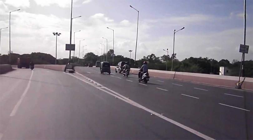 Holkar Bridge, Pune