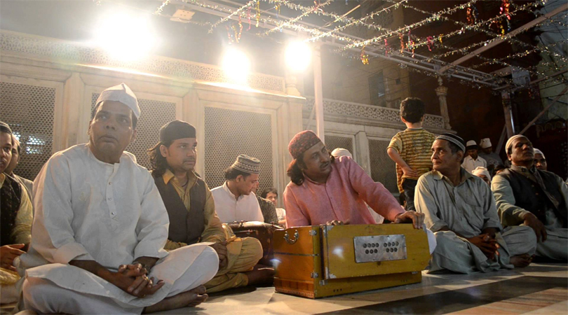 Qawwalis at Nizamuddin Dargah, Delhi