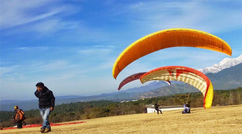 paragliding in bir himachal