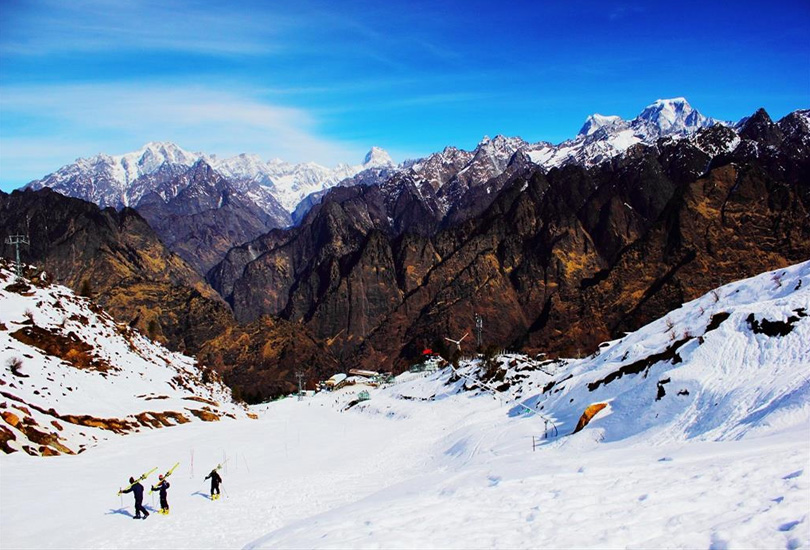 15 best destinations to visit in january in india for Where to vacation in january